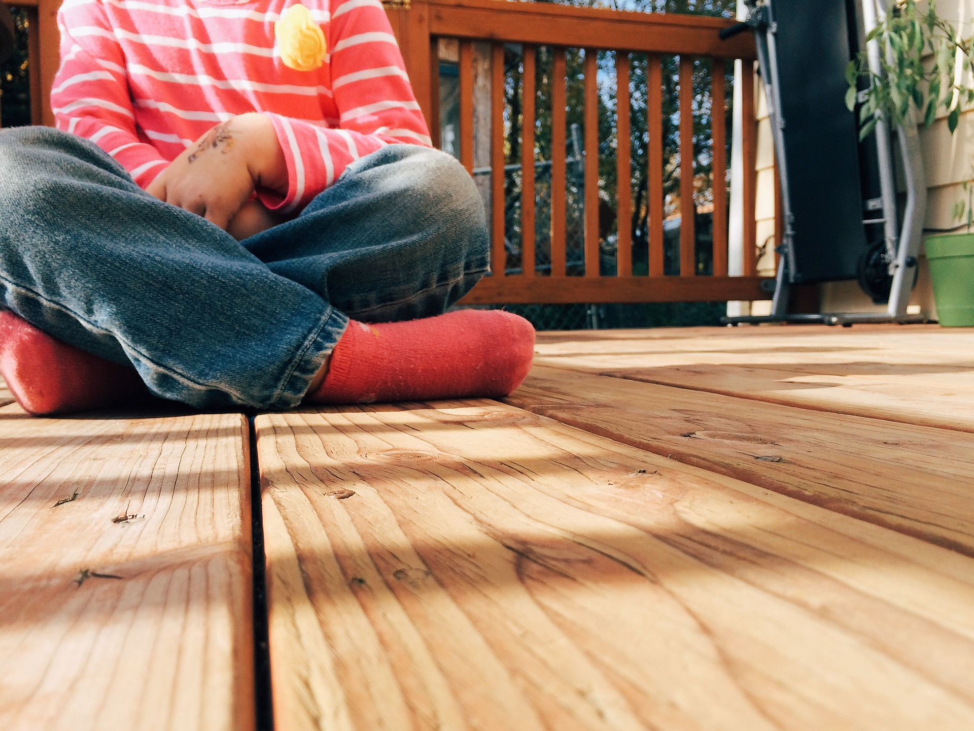 How To Properly Maintain Your Deck